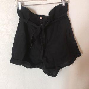 Zara Paper-Bag black shorts